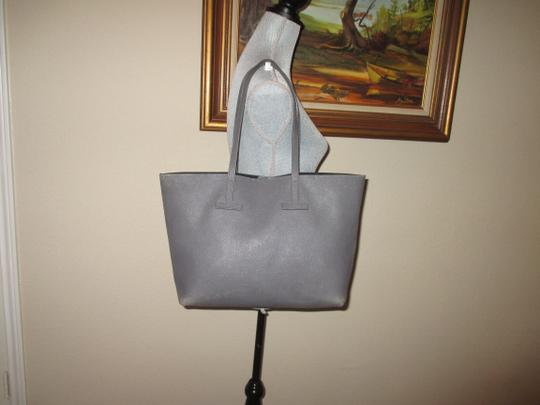 Tom Ford Tote in gray