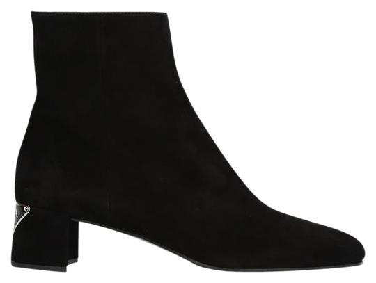 Preload https://img-static.tradesy.com/item/24015935/prada-black-suede-with-logo-heel-bootsbooties-size-eu-355-approx-us-55-regular-m-b-0-1-540-540.jpg