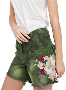 Free People Camouflage Flower Cargo Shorts Moss