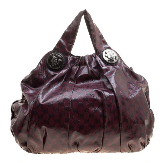 Preload https://img-static.tradesy.com/item/24016028/gucci-hysteria-maroon-gg-crystal-large-burgundy-coated-canvas-and-fabric-hobo-bag-0-0-540-540.jpg