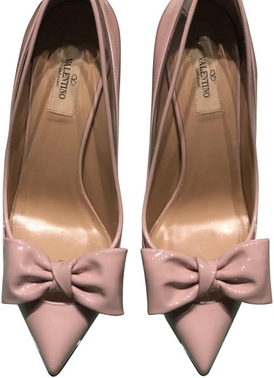 Preload https://img-static.tradesy.com/item/24016052/valentino-water-rose-glass-glow-bow-pumps-size-eu-40-approx-us-10-regular-m-b-0-1-540-540.jpg