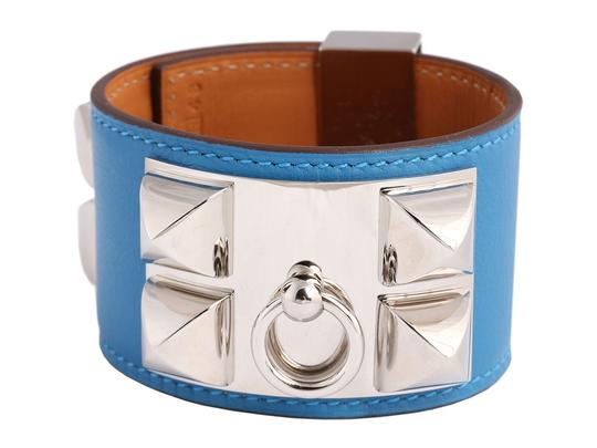 Preload https://img-static.tradesy.com/item/24016053/hermes-blue-mykonos-swift-leather-collier-de-chien-cdc-bracelet-0-0-540-540.jpg