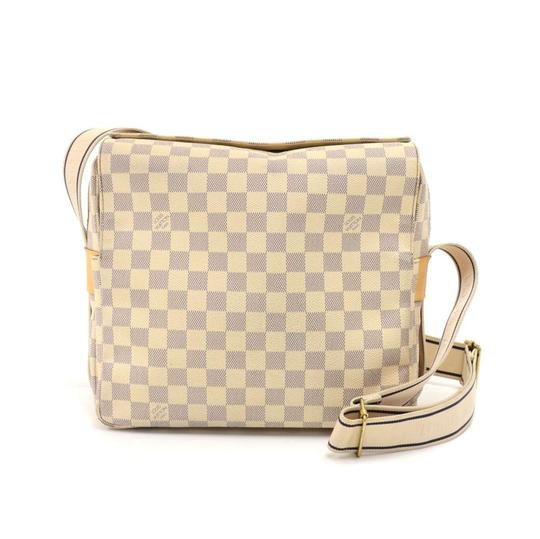 Preload https://img-static.tradesy.com/item/24016165/louis-vuitton-naviglio-damier-azur-white-canvas-messenger-bag-0-0-540-540.jpg