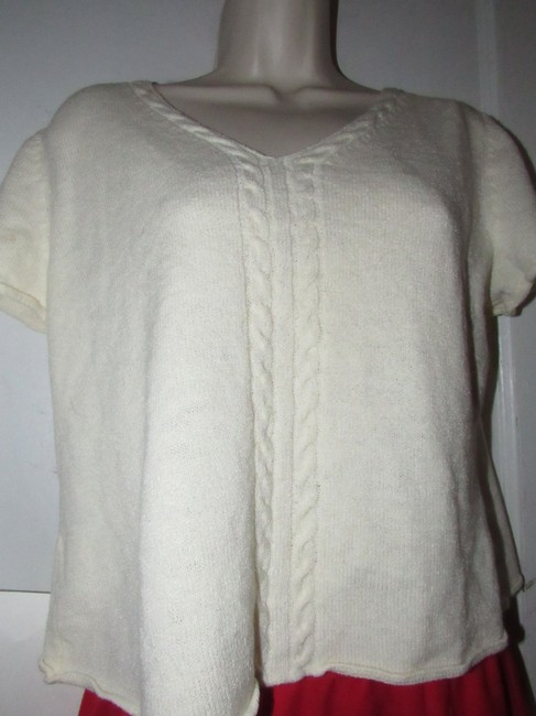 St. John Dressy Or Casual Excellent Condition Short Sleeve Size M By Sweater Image 6