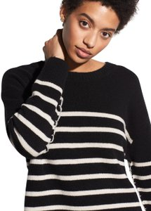 Vince Cashmere Luxury Loose Sweater