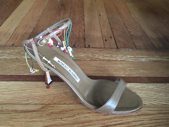 MANOLO BLAHNIK Made In Italy Chic Trendy Elegant Fashionable BROWN Sandals Image 2