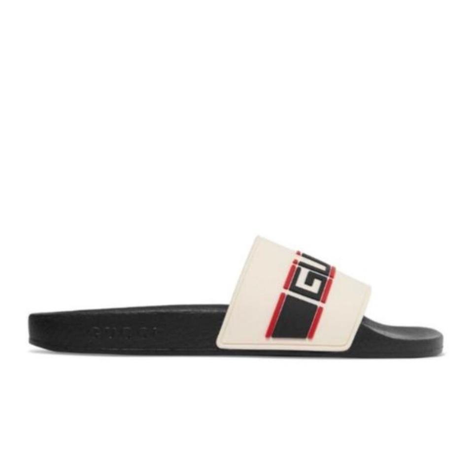 b5a880a33f9 Gucci Logo Embossed Rubber Slides Sandals. Size  EU 37 (Approx. US 7)  Regular (M ...