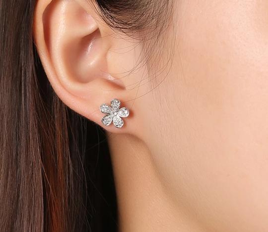 Xquisite by DESYGN FLOWER BLOSSOM EARRINGS