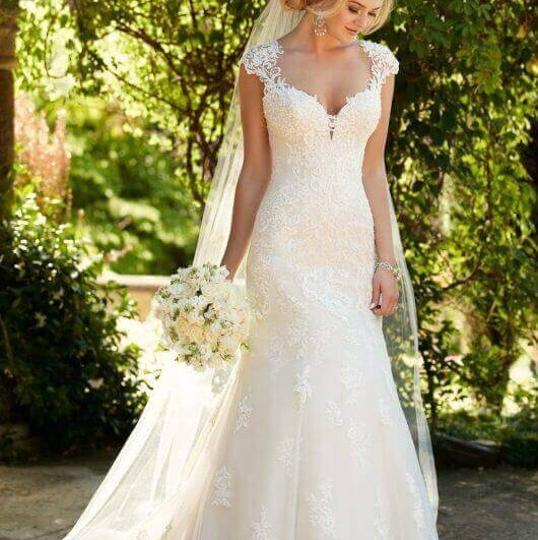 Essense Of Australia Ivory Lace Tulle And Moscato Royal