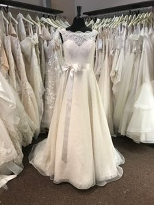 Mikaella Bridal Ivory Lace and Organza 1959 Formal Wedding Dress Size OS (one size)