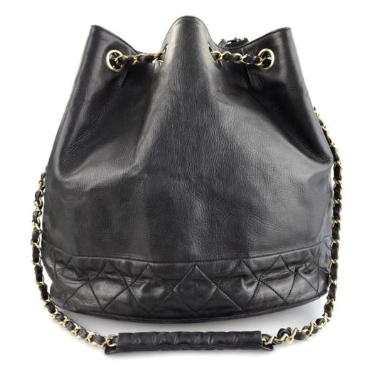 Preload https://img-static.tradesy.com/item/24019504/chanel-hobo-lambskin-black-leather-shoulder-bag-0-1-540-540.jpg