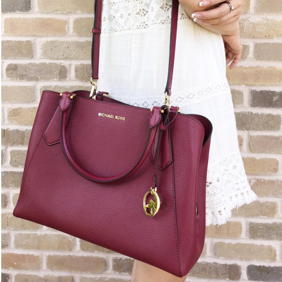 863ef7d0ecd1 Michael Kors Kimberly Large East West Mulberry Leather Satchel - Tradesy