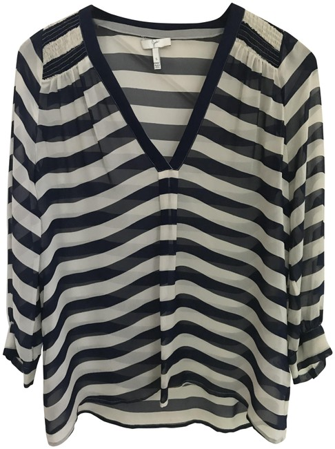 Preload https://img-static.tradesy.com/item/24019998/joie-blue-and-white-blouse-size-4-s-0-1-650-650.jpg