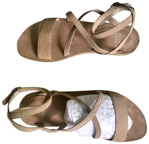 7a54f149bdc Eileen Fisher Sandals - Up to 90% off at Tradesy (Page 3)