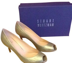 Stuart Weitzman Open Toe Leather Sole Linen Pumps