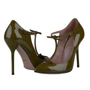 Gucci Patent Leather Italy Olive Green Pumps