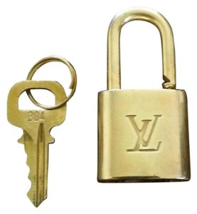 Louis Vuitton Gold Single Key Lock Pad Lock and Key 867709