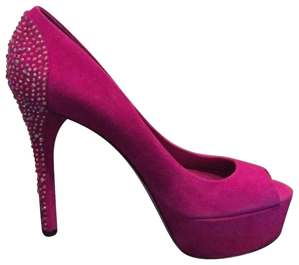 woman Brian buy Atwood Br Pumps to buy Brian 075c07