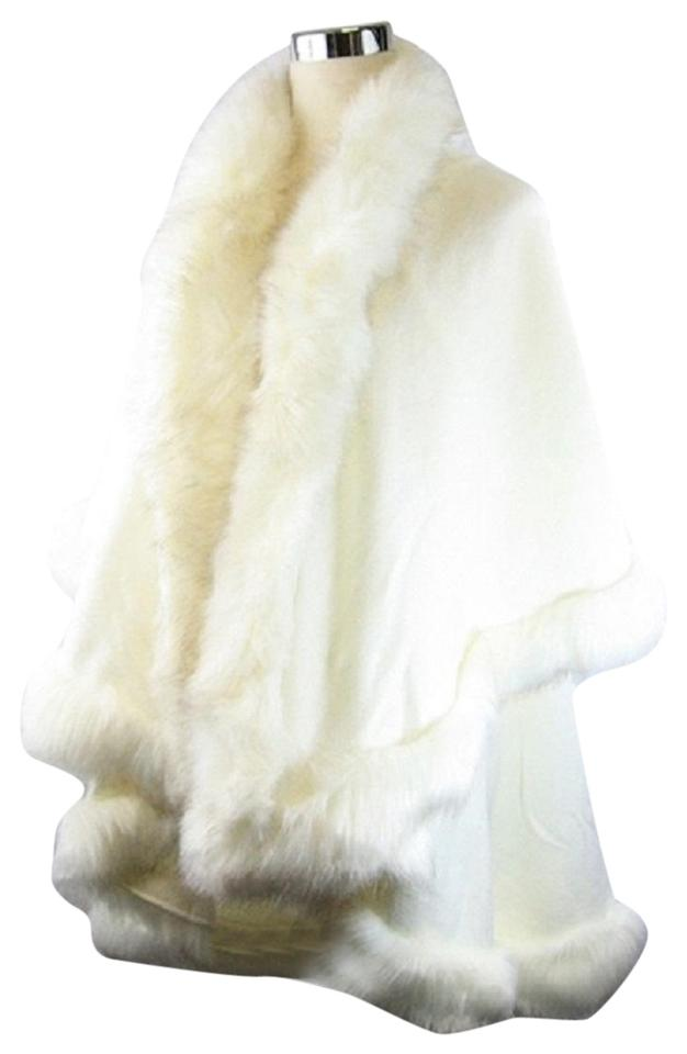bd2a486f5 fashionista White Ivory Winter Fur Trimmed Layered Half Vest Poncho/Cape.  Size: OS ...