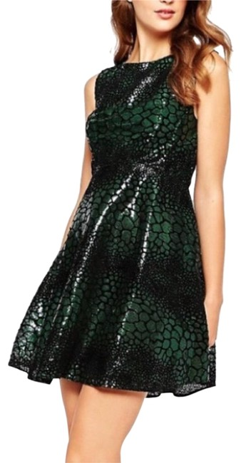 Item - Black and Green Short Cocktail Dress Size 0 (XS)