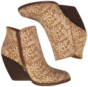 Very Volatile Trendy Floral White Lace Boots