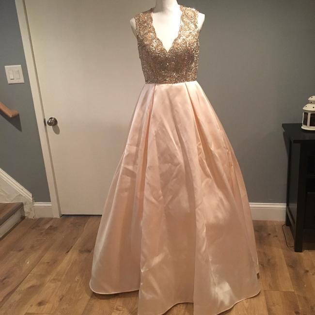 Mac Duggal Couture Candle Light Embellished V Neck Ball Gown Long Formal Dress Size 8 (M) Mac Duggal Couture Candle Light Embellished V Neck Ball Gown Long Formal Dress Size 8 (M) Image 2