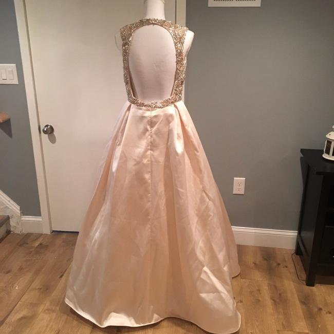 Mac Duggal Couture Candle Light Embellished V Neck Ball Gown Long Formal Dress Size 8 (M) Mac Duggal Couture Candle Light Embellished V Neck Ball Gown Long Formal Dress Size 8 (M) Image 3