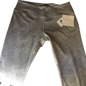 Beyond Yoga Textured capri
