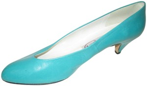 Pappagallo Dressy Or Casual Almond Shaped Toes Turqouise Aqua Pumps
