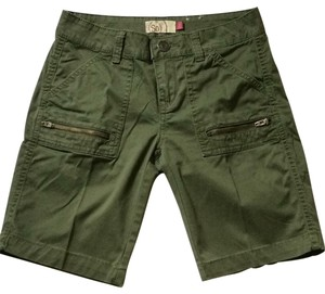 SO Bermuda Shorts green