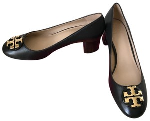 Tory Burch Janey Black/ Gold Pumps