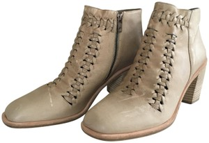 LD Tuttle Woven Ankle Tan Boots