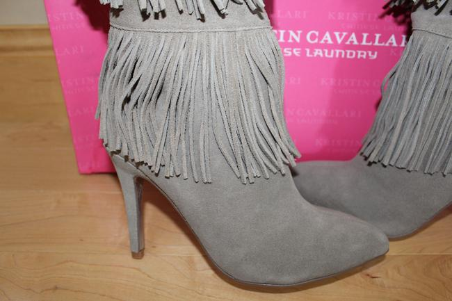Chinese Laundry Gray Tall Fringe High Heeled Suede Boots/Booties Size US 7.5 Regular (M, B) Chinese Laundry Gray Tall Fringe High Heeled Suede Boots/Booties Size US 7.5 Regular (M, B) Image 4
