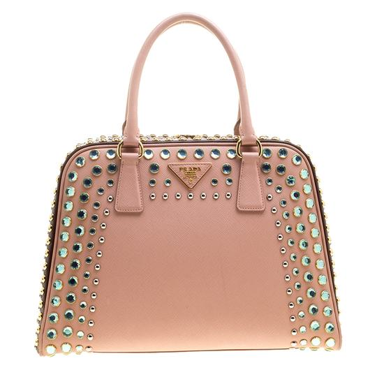 Preload https://img-static.tradesy.com/item/24030827/prada-pyramid-lux-pinkburgundy-saffiano-frame-top-handl-blush-pinkburgundy-leather-satchel-0-0-540-540.jpg