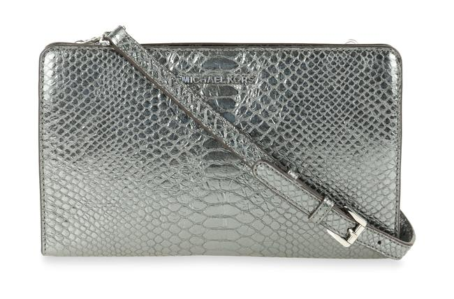 Item - Large Pewter Silver Leather Clutch