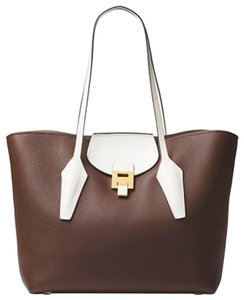 Michael Kors Collection Tote in Branch