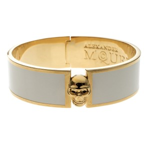 Alexander McQueen Skull Detailed White Enamel Gold Tone Bangle Bracelet