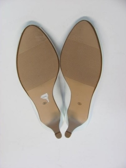 Easy 5th New 9.50m Excellent Condition white Pumps Image 1
