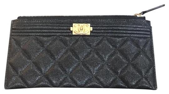 Preload https://img-static.tradesy.com/item/24033158/chanel-black-boy-2018-18p-case-phone-pouch-card-holder-wallet-0-0-540-540.jpg
