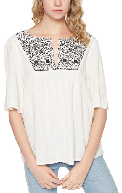 Preload https://img-static.tradesy.com/item/24033224/sanctuary-ivory-womens-zambia-embroidered-short-sleeves-peasant-xs-blouse-size-2-xs-0-1-650-650.jpg