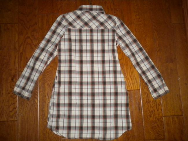 Love Notes Plaid Long Sleeve Button Chest Shirt Tunic Image 2