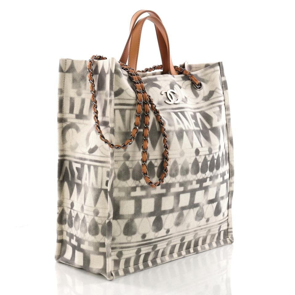 de33a4457e60 Chanel Deauville Shopping Iliad Printed Tote in Grey and Beige   Off White  Image 4. 12345