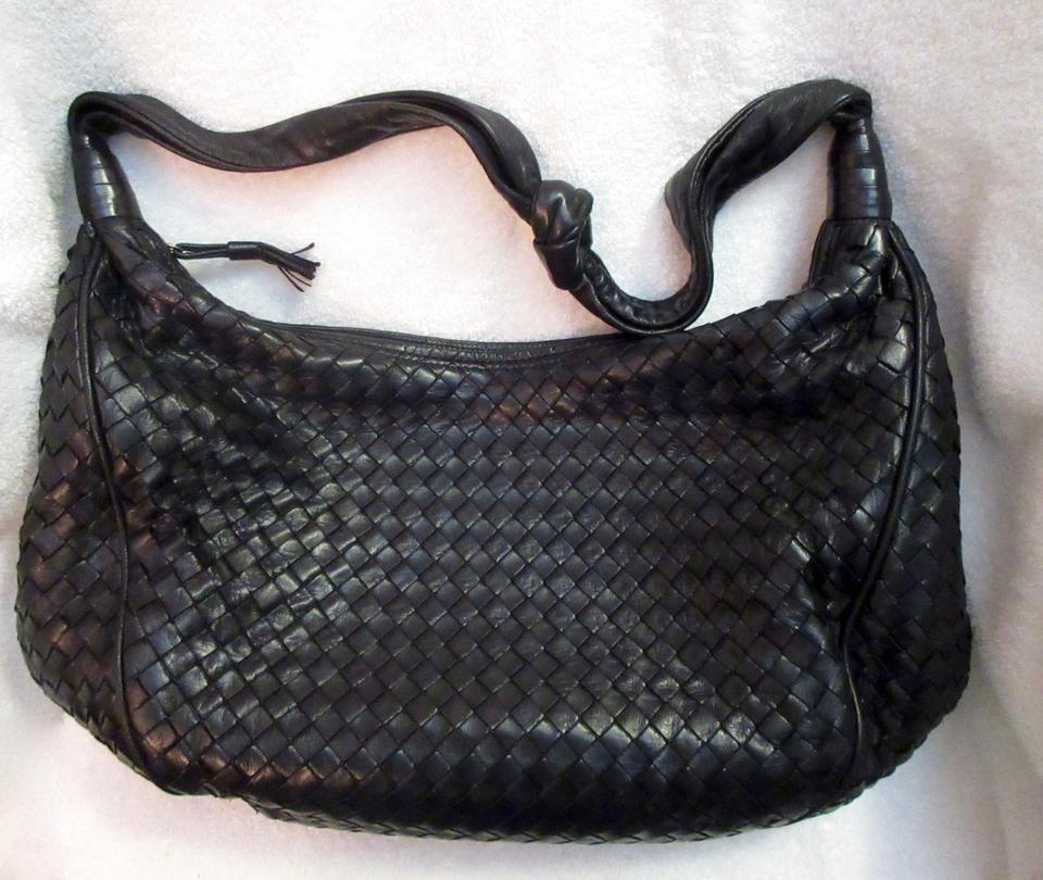 a793d57f2a Bottega Veneta Lambskin Leather Intrecciato Vintage 1970s Shoulder Bag  Image 11. 123456789101112