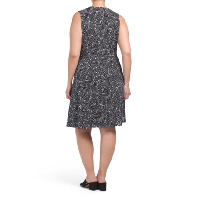 Vince Camuto Wrap Belted Plus-size Print Dress Image 2