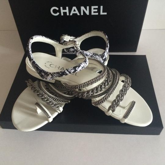 Chanel Flats Chain White, black, silver hardware Sandals Image 2