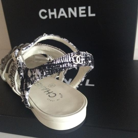 Chanel Flats Chain White, black, silver hardware Sandals Image 3