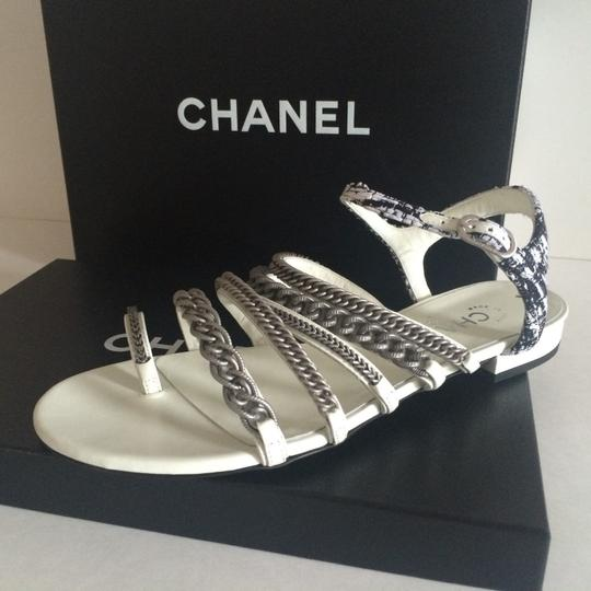 Chanel Flats Chain White, black, silver hardware Sandals Image 6