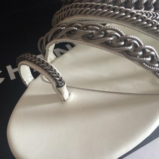 Chanel Flats Chain White, black, silver hardware Sandals Image 7