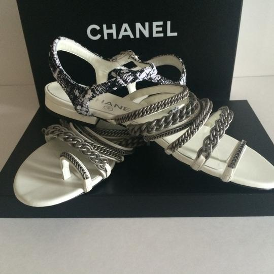 Chanel Flats Chain White, black, silver hardware Sandals Image 8