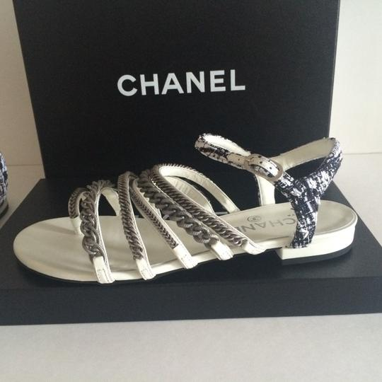 Chanel Flats Chain White, black, silver hardware Sandals Image 9